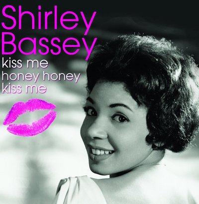 Shirley_Bassey_1