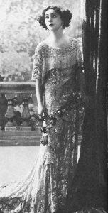 Алла Назимова (Alla Nazimova) (1879-1945) - американская кино- и театральная актриса, продюсер и сценарист.