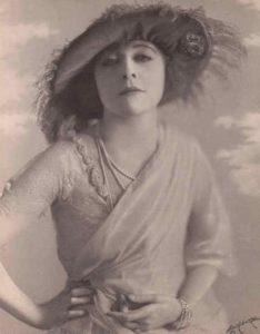 Этель Клейтон.