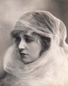Этель Клейтон (Ethel Clayton) (1882-1966) - американская актриса немого кино.