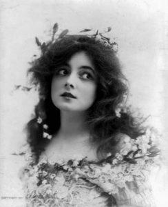 Мари Доро (Marie Doro) (1882-1956) - американская актриса эпохи раннего немого кино.