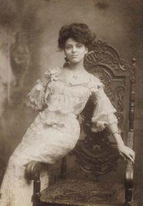 Минни Браун (Minnie Brown) (1883-?) - афроамериканская актриса.