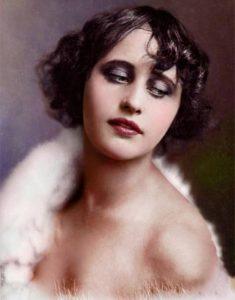 Вера Холодная (1893-1919) - актриса, «королева экрана» кинематографа России начала XX века.