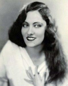 Глория Свенсон (Gloria Swanson) (1899-1983) — американская киноактриса, продюсер.