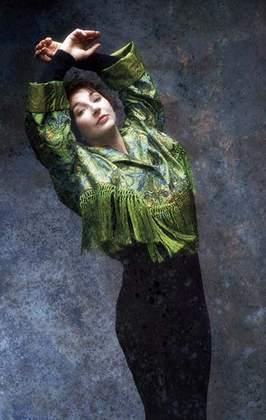 _Kate Bush - The Sensual World - 01b