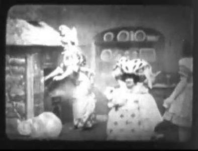 1910_Alice_in_Wonderland_280