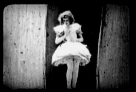 1910_Alice_in_Wonderland_326