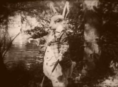 1915_Alice_in_Wonderland_034