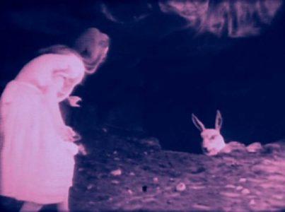 1915_Alice_in_Wonderland_038