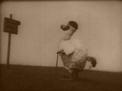 1915_Alice_in_Wonderland_046