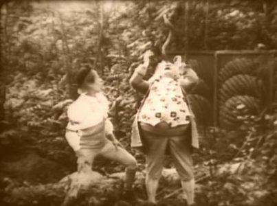 1915_Alice_in_Wonderland_072