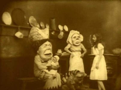 1915_Alice_in_Wonderland_086