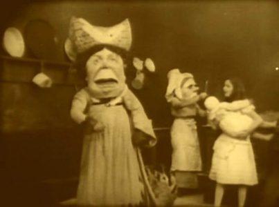 1915_Alice_in_Wonderland_091