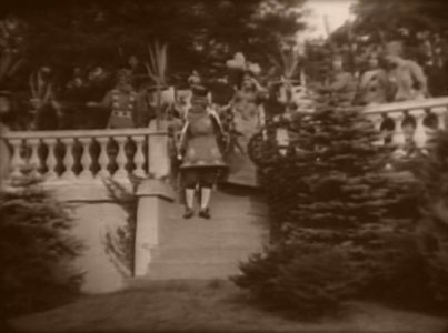 1915_Alice_in_Wonderland_109