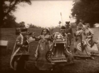 1915_Alice_in_Wonderland_115