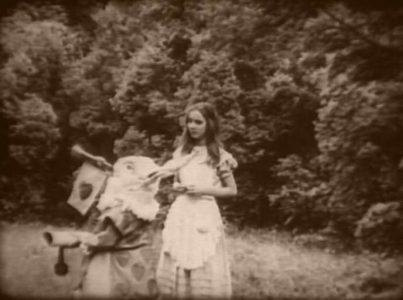 1915_Alice_in_Wonderland_162