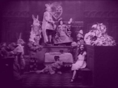 1915_Alice_in_Wonderland_167