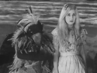 1931_Alice_in_Wonderland_262