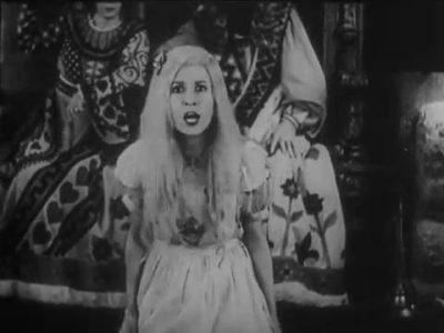 1931_Alice_in_Wonderland_288