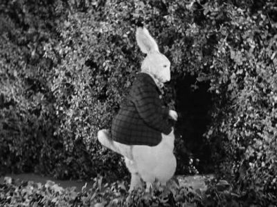 1933_Alice_in_Wonderland_268