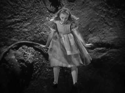 1933_Alice_in_Wonderland_273