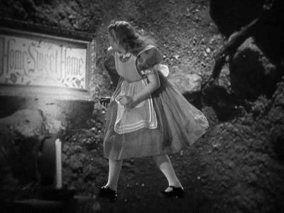 1933_Alice_in_Wonderland_277