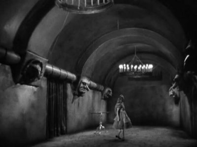 1933_Alice_in_Wonderland_278