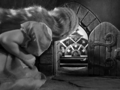1933_Alice_in_Wonderland_284