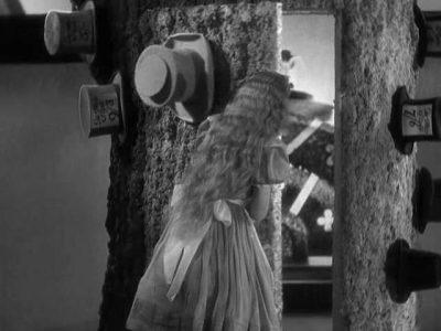 1933_Alice_in_Wonderland_351