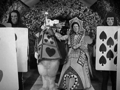 1933_Alice_in_Wonderland_361
