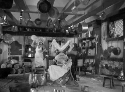 1933_Alice_in_Wonderland_575