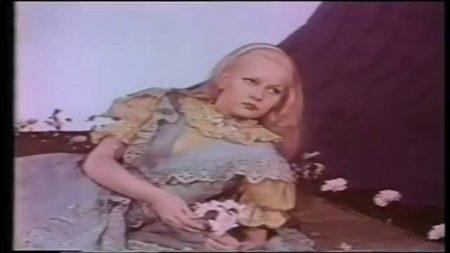 1949_Alice_In_Wonderland_151