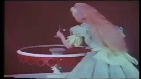 1949_Alice_In_Wonderland_170