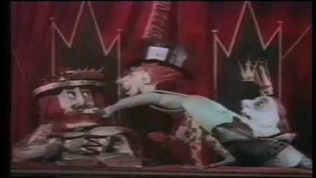 1949_Alice_In_Wonderland_255