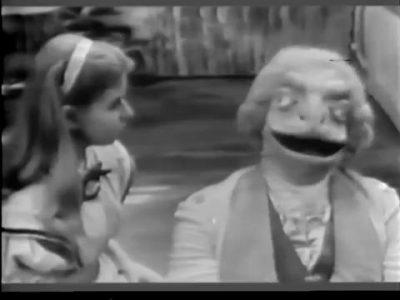 1954_Alice_In_Wonderland_106