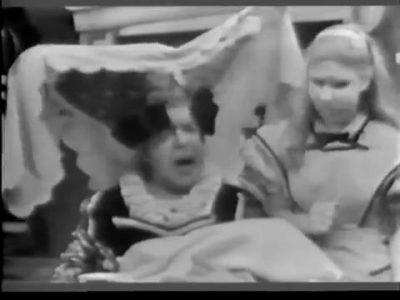1954_Alice_In_Wonderland_107