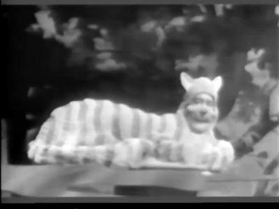 1954_Alice_In_Wonderland_112