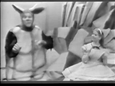 1954_Alice_In_Wonderland_139