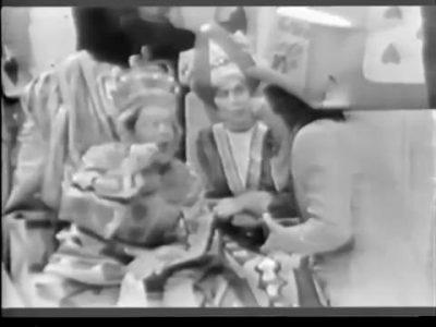 1954_Alice_In_Wonderland_144