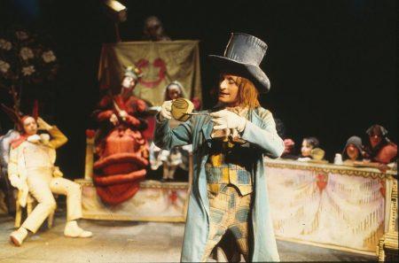 1970 _Alice_In_Wonderland_09