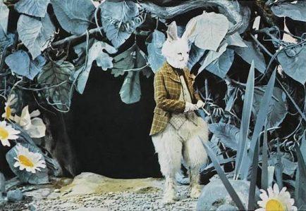 1972 _Alice_In_Wonderland_069