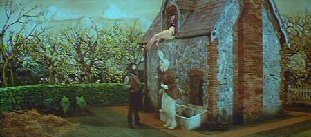 1972 _Alice_In_Wonderland_128