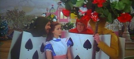 1972 _Alice_In_Wonderland_184