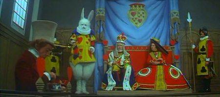 1972 _Alice_In_Wonderland_210