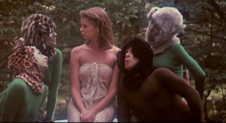 1976_Alice_in_Wonderland_x_040