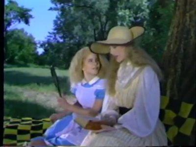 1982_Alice_in_Wonderland_Children's_Theatre_Company_016