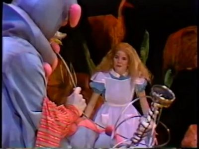 1982_Alice_in_Wonderland_Children's_Theatre_Company_052