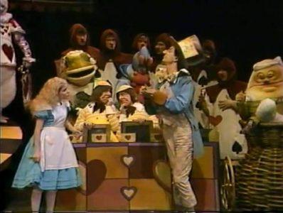 1982_Alice_in_Wonderland_Children's_Theatre_Company_238