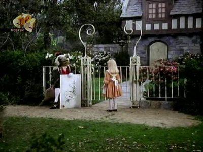 1985_Alice_in_Wonderland_Harris_222