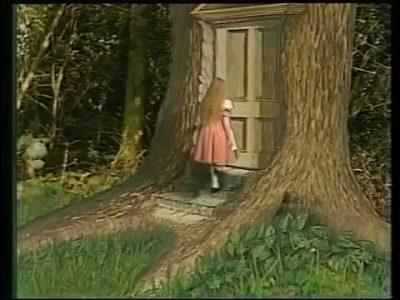 1985_Alice_in_Wonderland_Mottram_224